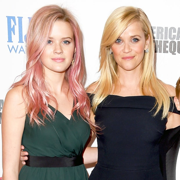 WOW! Reese Witherspoon's Daughter Looks IDENTICAL to Mom! Ryan Phillippe Children